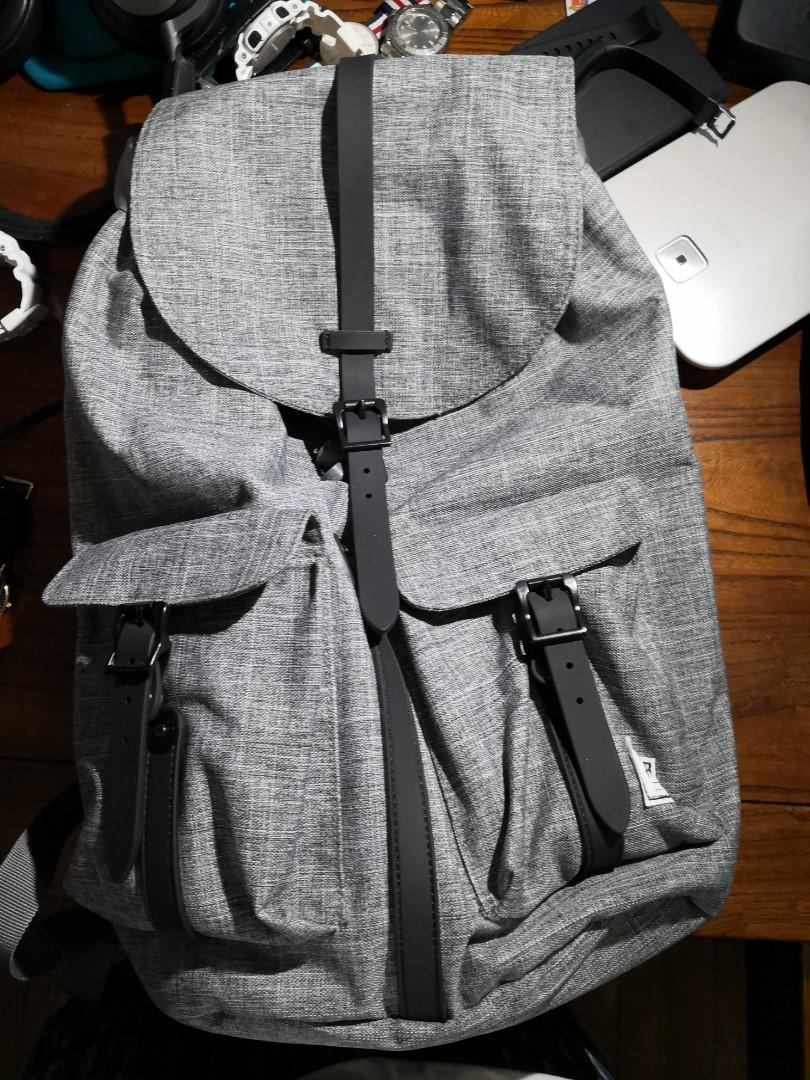 0f4988c35b9 Herschel Dawson Grey Backpack