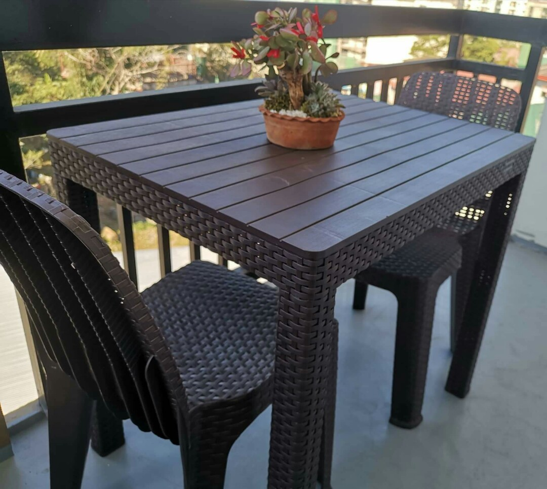 Jolly Rattan Table Chairs Home Furniture Furniture Fixtures Others On Carousell