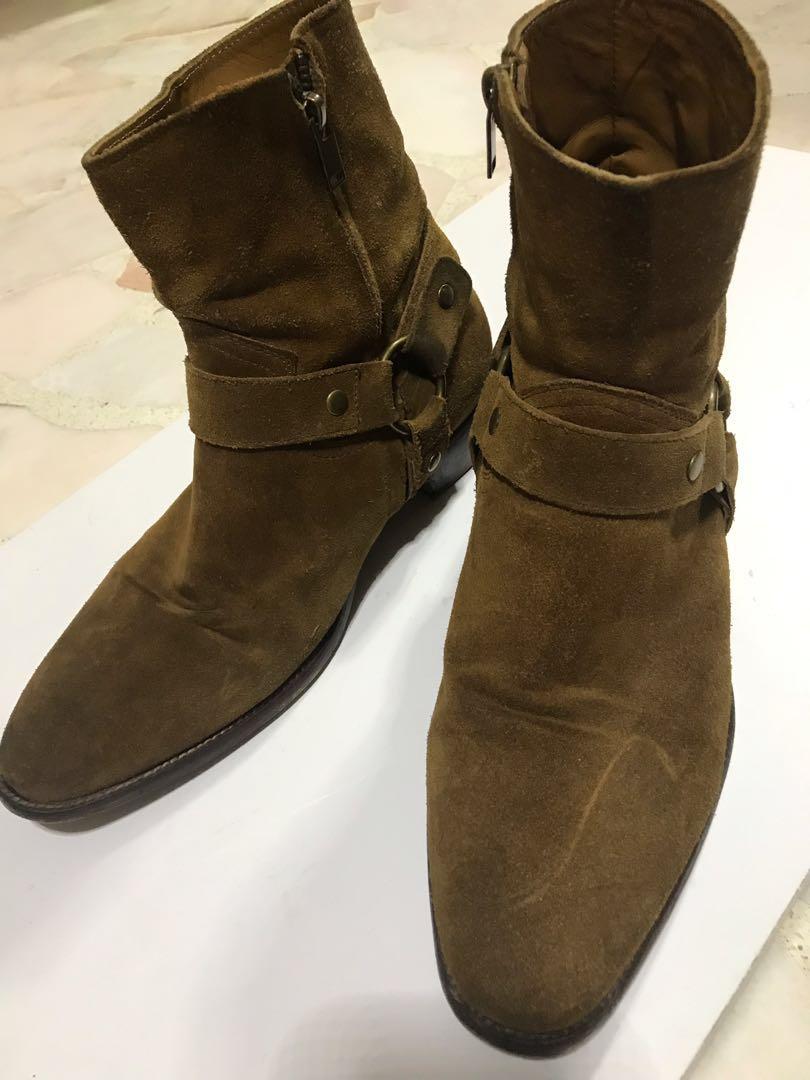 df82e44c785 Saint Laurent Brown Wyatt Boots, Men's Fashion, Footwear, Boots on ...