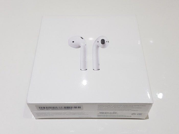 Sealed New Apple Airpods