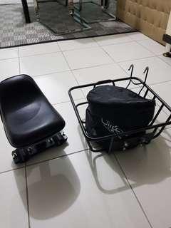 Fiido basket and child seat
