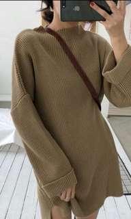 咖色毛衣洋裝!