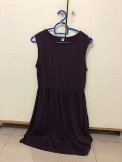 🚚 Uniqlo Maroon Skater dress