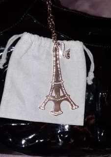 agn'es b 小b巴黎鐵塔吊飾