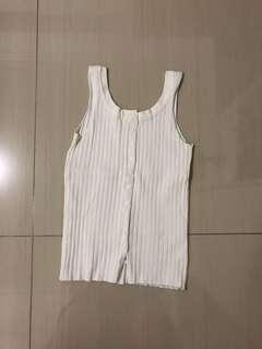 🚚 White Knit Top Sleeveless