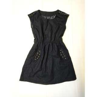 黑色鉚釘毛尼洋裝毛呢洋裝無袖連身裙縮腰無袖洋裝素色露肩連身裙純色單色雙口袋洋裝