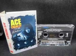 🚚 Ace frenley (ex-kiss guitarist)  cassette rock - rare