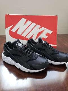 New Nike Air Hurache