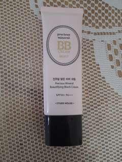 Etude House Precious Mineral Beautifying Block Cream - Vanilla