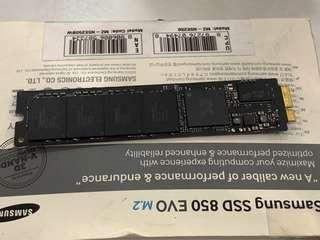 🚚 Apple SSD 64gb