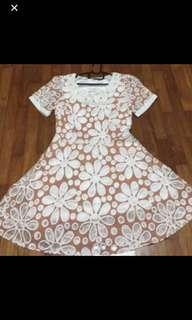 🚚 BN Brown Dress With Flowers Embroidery XS-S size