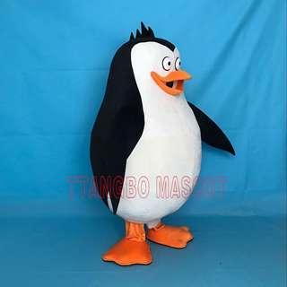Penguin of Madagascar costume