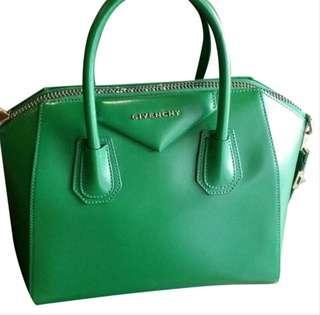🚚 Givenchy Antigona Medium (Green)