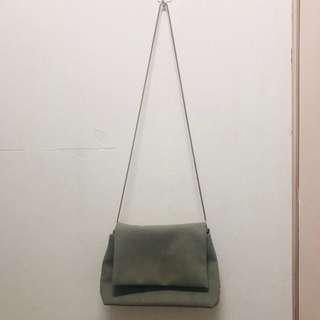 灰色小包包❤️
