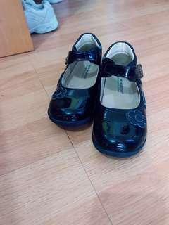 女童黑皮鞋(Size:27)