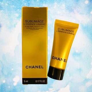 ✨最新 Chanel SUBLIMAGE L'ESSENCE LUMIÈRE 全效再生亮白精華液 極致亮白修護❤️ 5ML