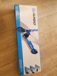 Avigo 兒童滑板車