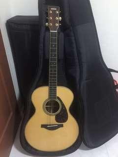 🚚 Yamaha acoustic LJ16 guitar