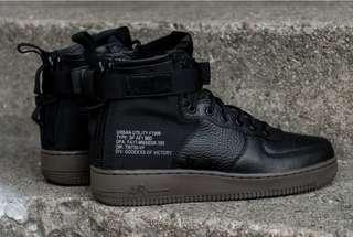 Nike Special Field Air Force 1 Mid - Black/Dark Hazel