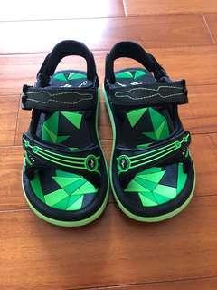 🚚 GP涼鞋 內長18公分