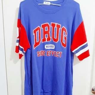 🚚 藍紅字母長版t#半價衣服市集