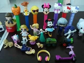 Assorted pez & animal figurines