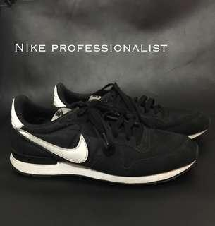 Nike Internationalist Original