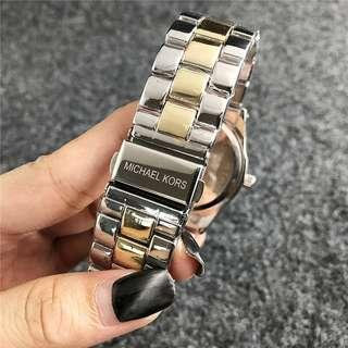 🚚 Watches ~ click in to see picture