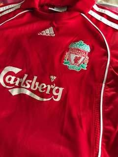 Liverpool jersey set for boys