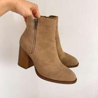 🚚 Ankle Boots Primark