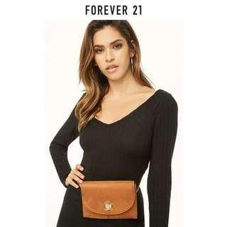 🚚 Forever 21 sling bag