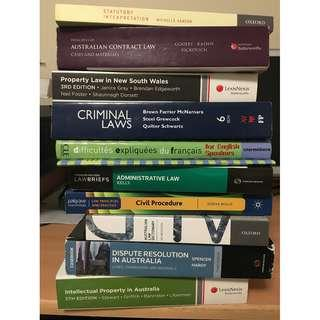 LAW & FRENCH TEXTBOOKS  - UNIVERSITY