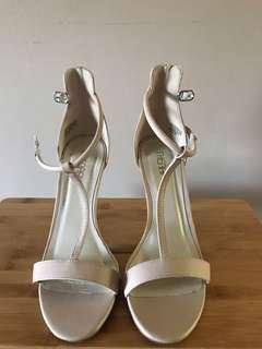Therapy Nude T bar Heels