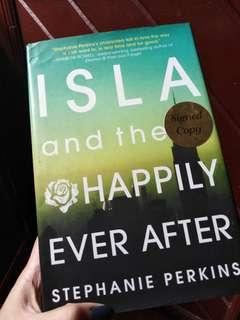 ISLA and The Happily Ever After by Stephanie Perkins HARDBOUND