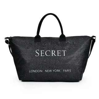 🚚 Travel bag