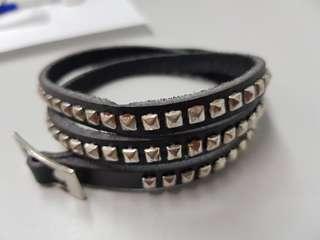 🚚 購物可以贈送 多圈手環