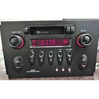 Clarion Cassette Player 2 Din Radio