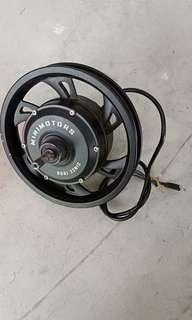 Minimotor 12 inch 52v 500 watts geared motor.