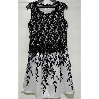 Black and White Leaf Crochet Dress