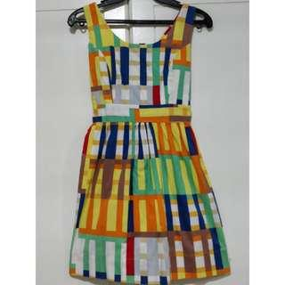 Preloved. Colorful Sleeveless Dress with Tie.