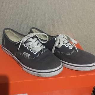Vans Authentic Gray