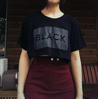 Black cropped t
