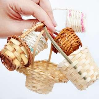 🚚 Bunga rampai rattan holder