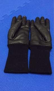 🚚 優衣庫手套