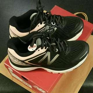 🚚 Brand New in Box - New Balance W860SG8 D Women's Running Shoes