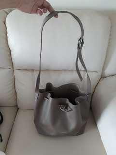 🚚 Bucket Bag-Lancaster Paris