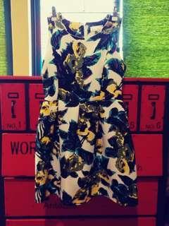 🚚 東京著衣俏麗短洋裝