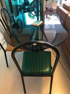 🚚 Tempered Glass Dining Set plus 4 chairs