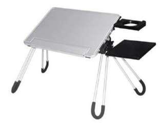 🚚 Laptop table