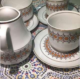 1970s' CHODZIEZ Porcelaine Retro Tea Set